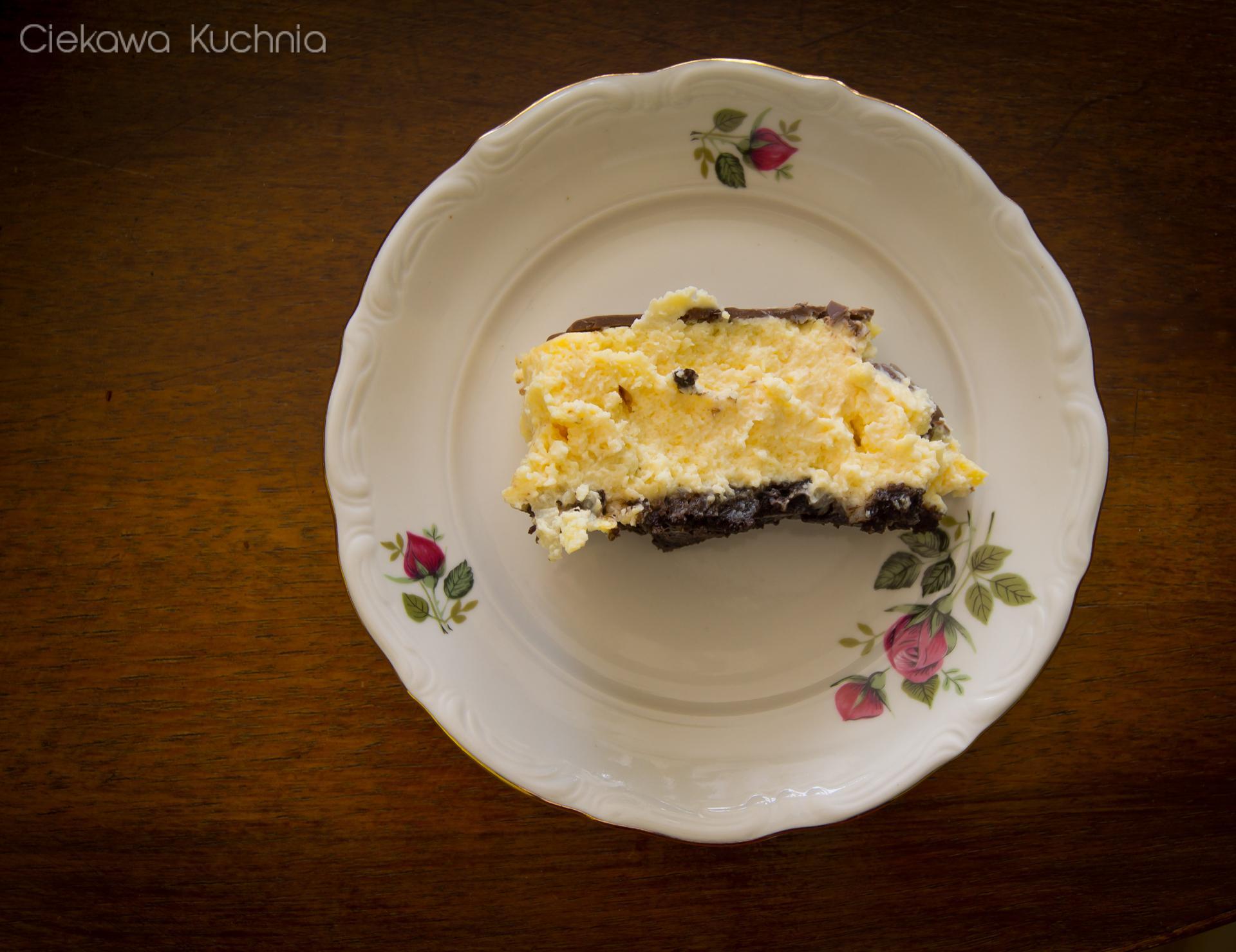 Sernik cytrynowy na ciasteczkowym spodzie