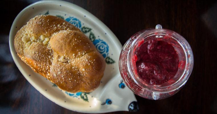Konfitura i dżem z truskawek z Amaretto