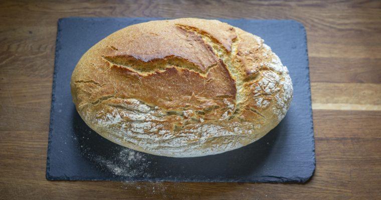 Chleb z brytfanki